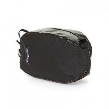 Patagonia Black Hole Cube Small Black